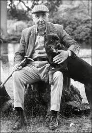 Phil Drabble, original presenter of one Man and His Dog (taken from Telegraph obituary http://www.telegraph.co.uk/news/uknews/1558991/Phil-Drabble-of-TVs-One-Man-and-His-Dog-dies.html)